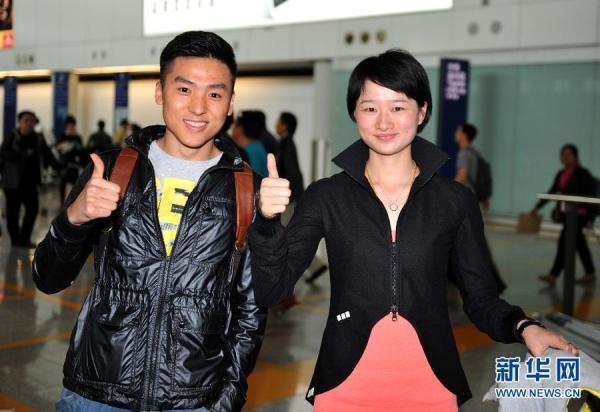 奥运冠军董栋、吴静钰访问香港