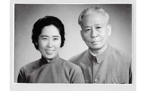 刘少奇夫人王光美外交掠影