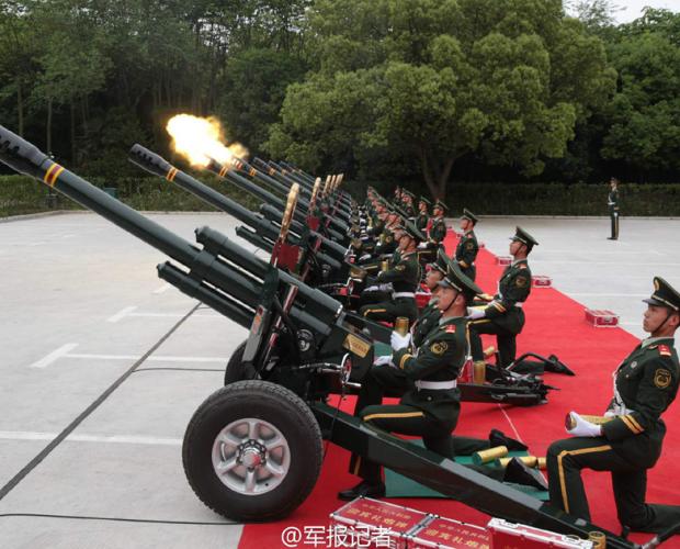 共和国礼炮部队首次在京外执行鸣放礼炮任务